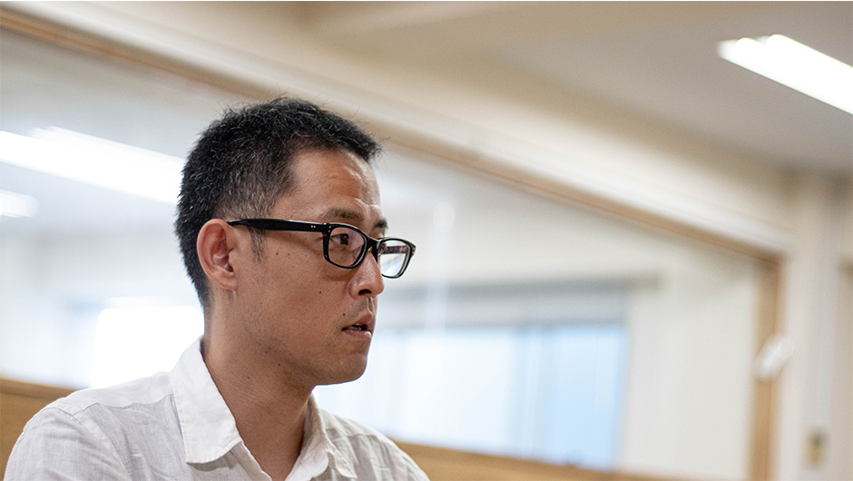 株式会社ボーダレス・ジャパン代表取締役副社長の鈴木雅剛さんの横顔