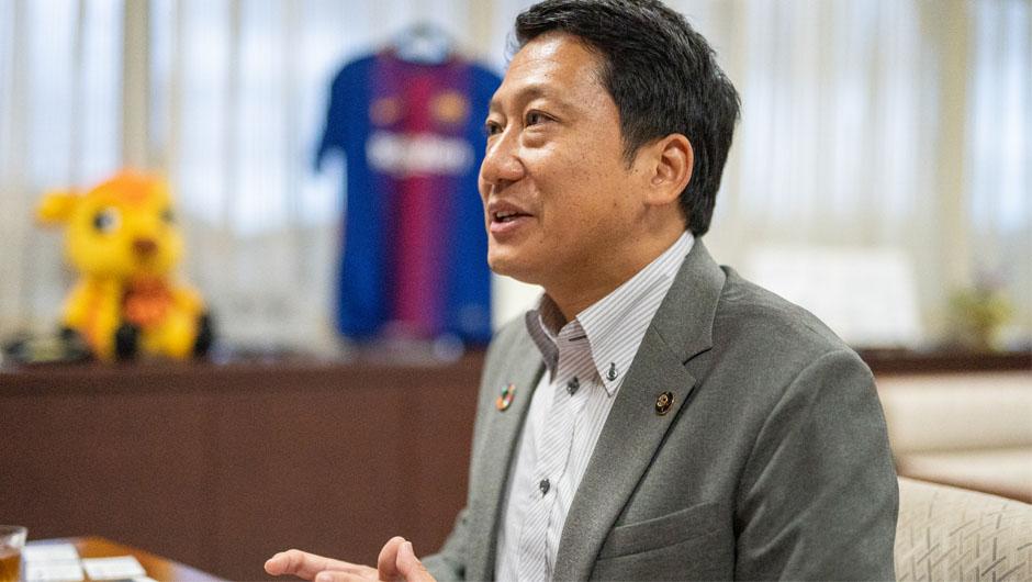 生駒市長・小紫雅史さんの横顔