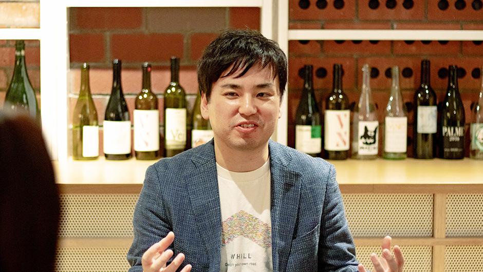 WHILL最高技術責任者 福岡さんが語る姿