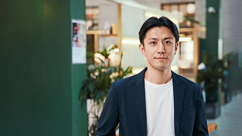 Onedot代表取締役CEOの鳥巣 知得さんの正面画像