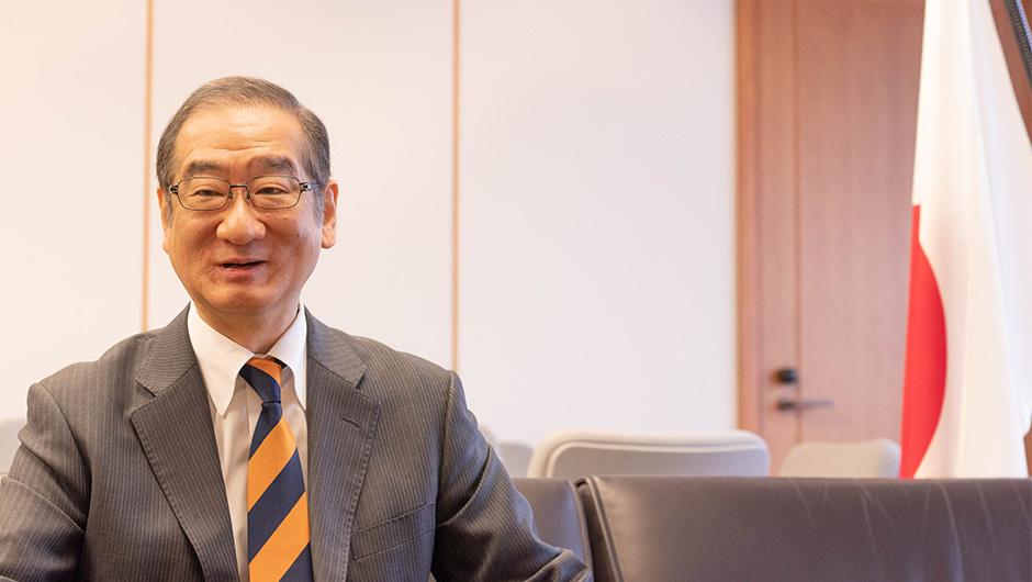 防衛省大臣官房長の島田 和久さん