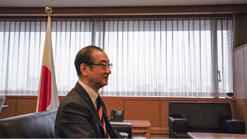 防衛省大臣官房長の島田 和久さんの横顔