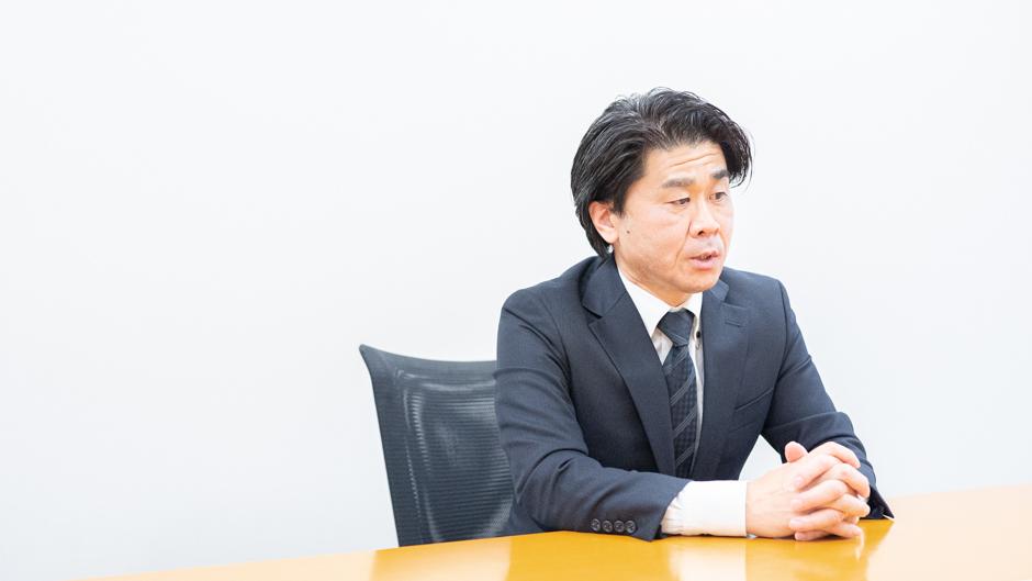 経済産業省の特殊関税等調査室 室長の平林孝之さん取材画像