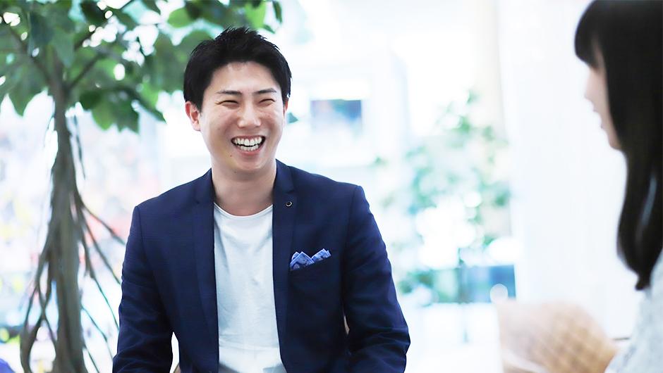 株式会社バンダイ企画職奥村さんの正面顔