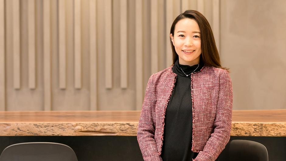 PwCコンサルティング浅野絢子さんの正面顔